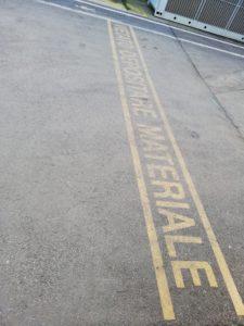 Pubblidea Pisa - Adesivi calpestabili per segnaletica di sicurezza