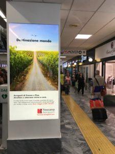 Pubblidea Srl Pisa: Aeroporto Internazionale di Pisa cornici luminose