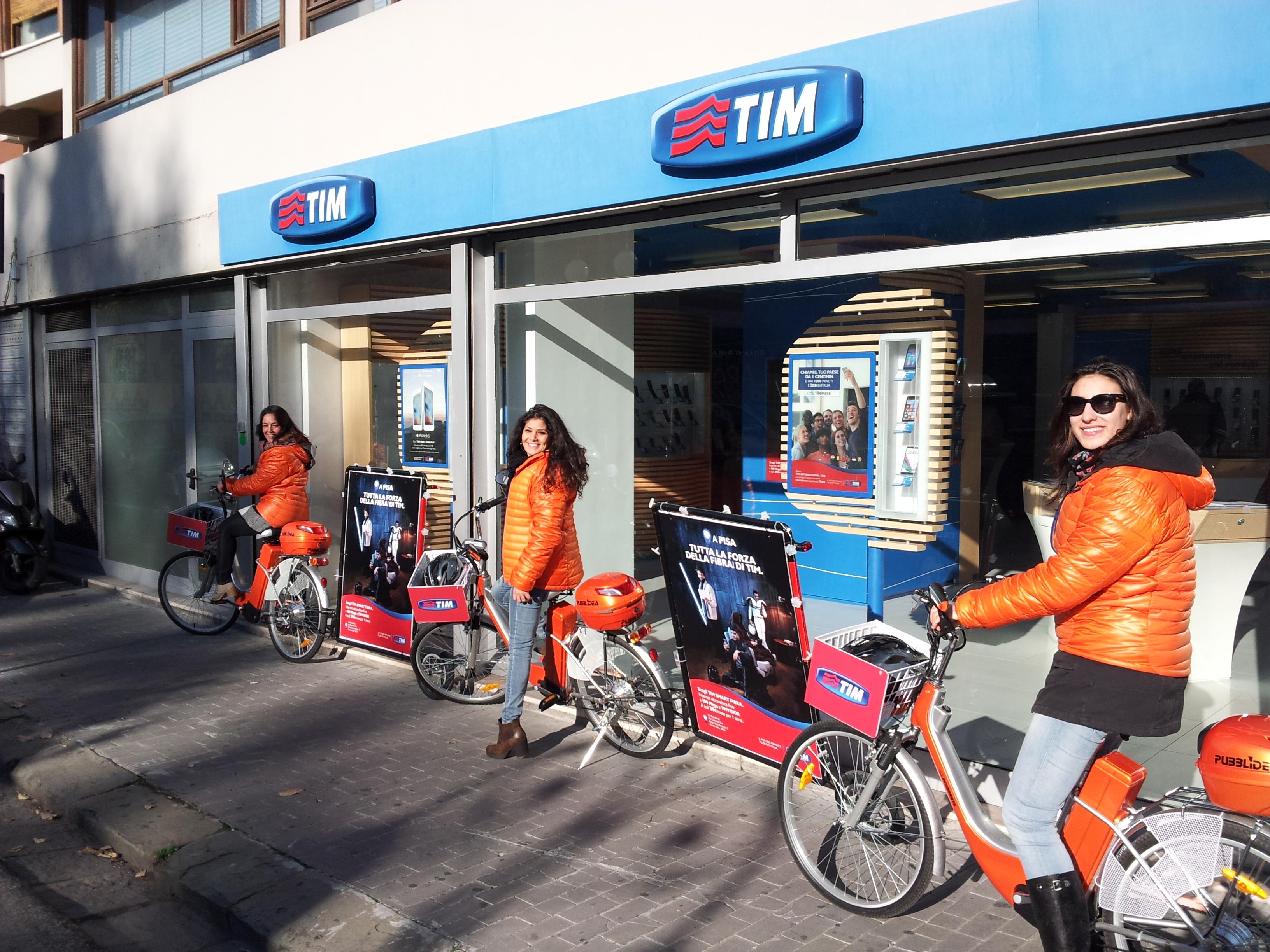 bici vela Pisa Lucca Livorno, bicicletta vela, bicicletta pubblicitaria, bici con carrello pubblicitario, bici pubblicità