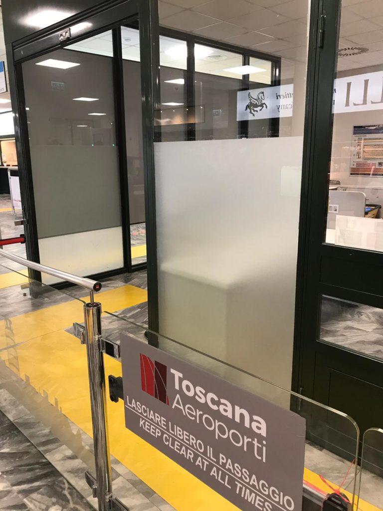 Pellicola vetro, pellicola privacy, privacy vetro, oscurare vetro, pellicola vetro interno, finestra pellicola, pellicola opaca